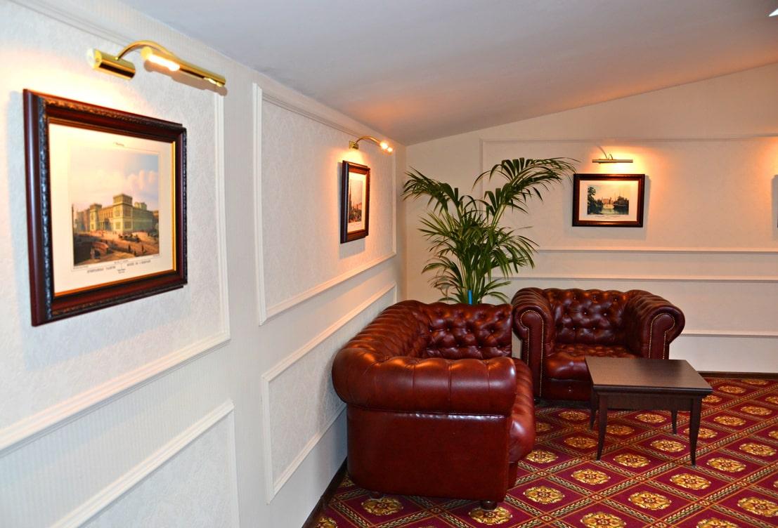 Атмосфера уюта и комфорта от Энран_отель Академия_зона ожидания и отдыха